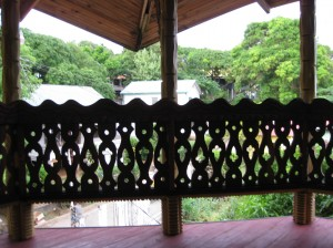 Utila Art porch