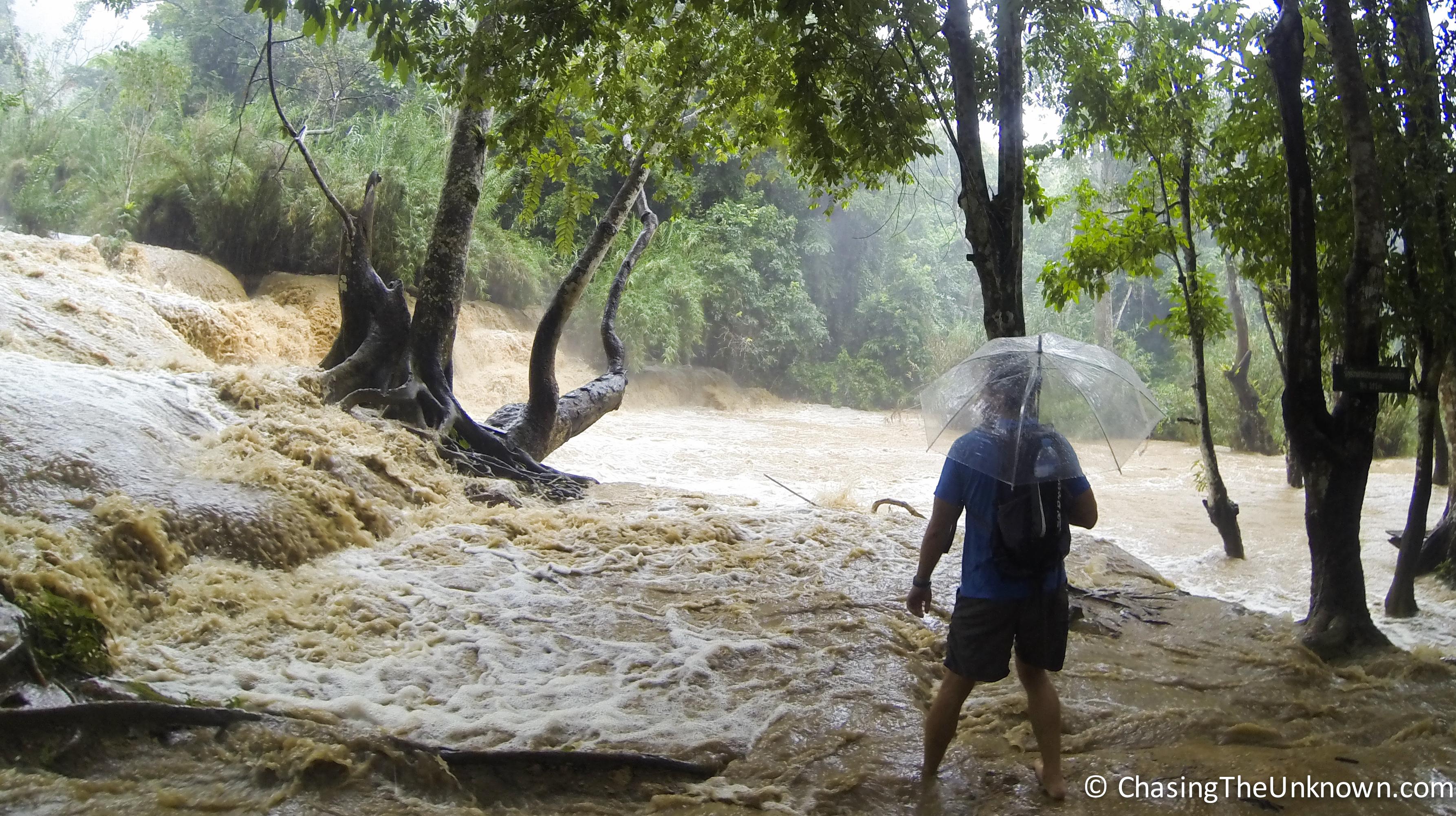 An Unexpected Rush at Kuang Si Waterfall
