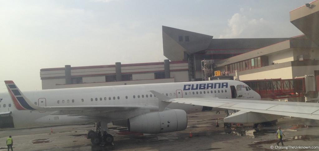 Cubana plane at HAV