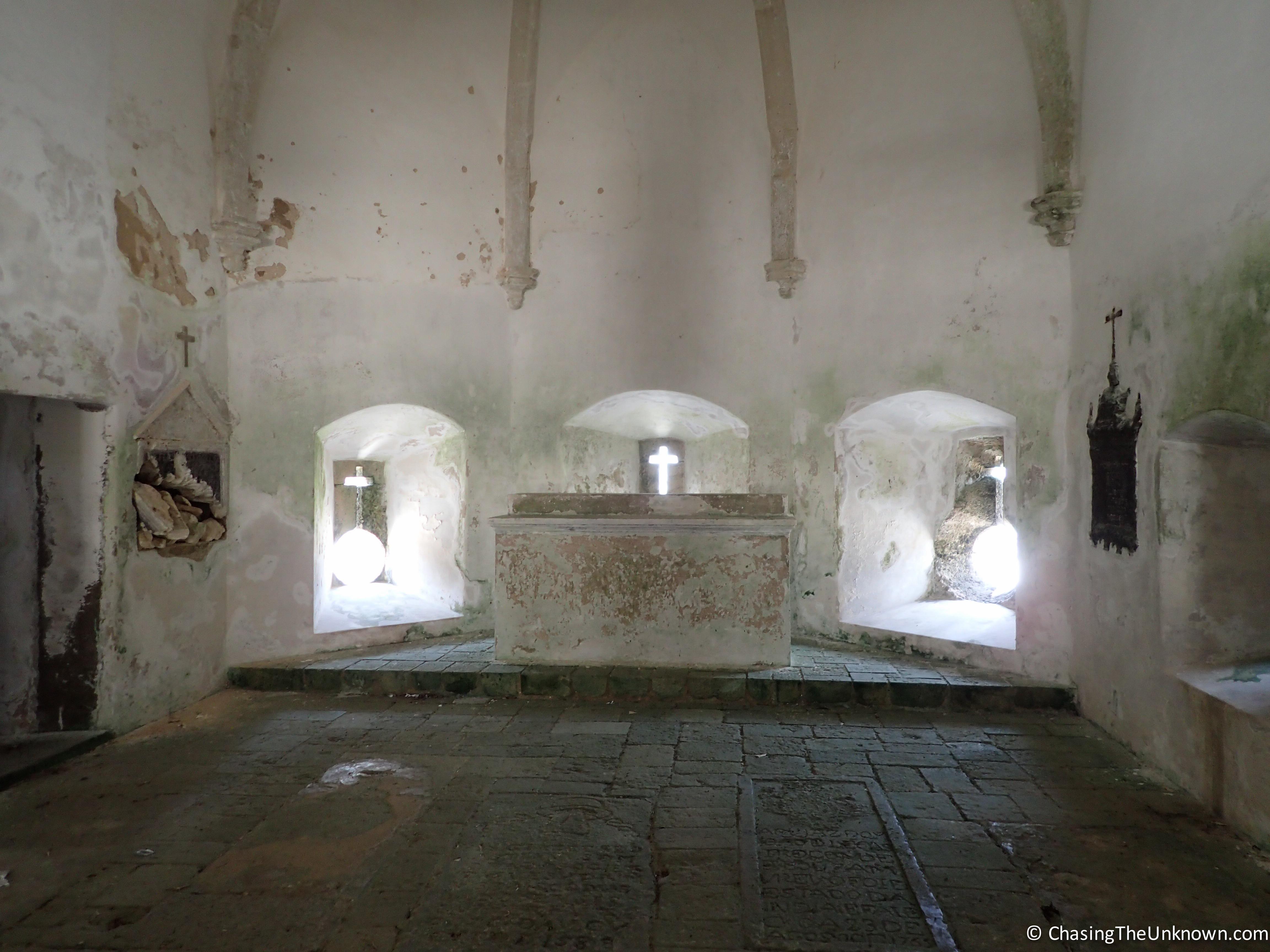 Interior-Chapel-of-Nossa-Senhora-de-Baluarte-Mozambique-Island